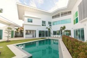 泰国普吉岛5卧7卫的别墅