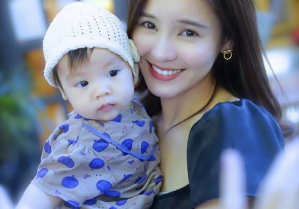 泰国明星李海娜